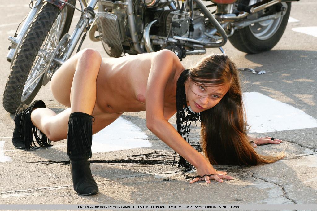 Idea Nude girl posing on motorcycle interesting