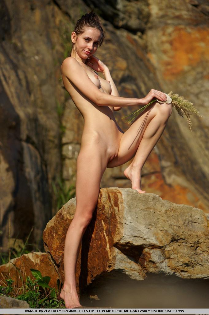 Kim kardashian nudes sucking cock