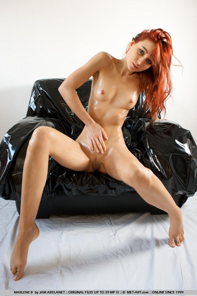 Sexy naked chicks sucking dick